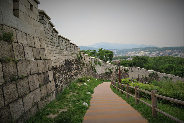 12-cheap-and-free-things-to-do-in-seoul-south-kore-02