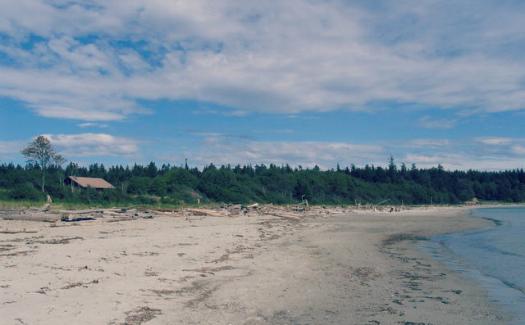 6 spots for nude sunbathing in Canada