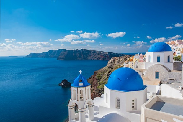 how-to-achieve-your-bucket-list-travel-goals-03