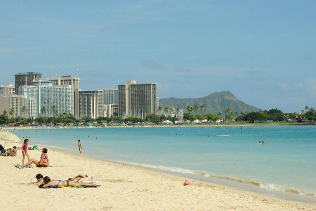 Beach near Honolulu international airport