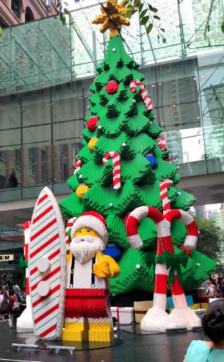 Lego Tree at Pitt Street Mall (Image: Pitt Street Mall)
